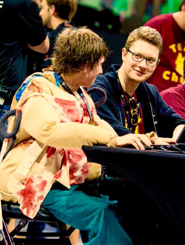 Puppey and Dendi: A better love story than Twilight